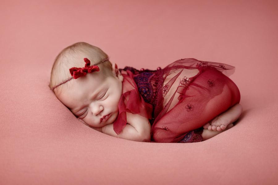 Les Chérubins photographe bébé photo nouveau né Toulon Var Lina (10)
