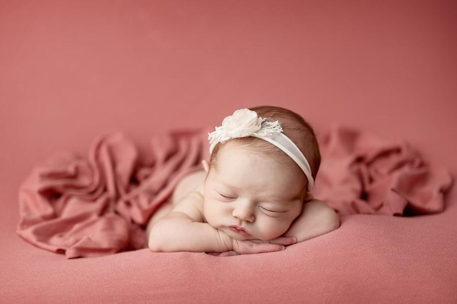 Les Chérubins photographe bébé photo nouveau né Toulon Var Lina (11)
