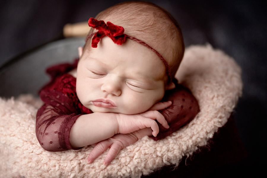 Les Chérubins photographe bébé photo nouveau né Toulon Var Lina (2)
