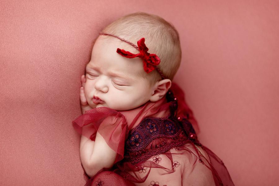 Les Chérubins photographe bébé photo nouveau né Toulon Var Lina (6)