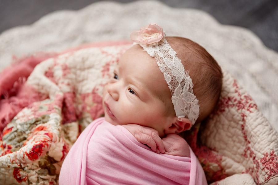 Les Chérubins photographe bébé photo nouveau né Toulon Var Lina (8)
